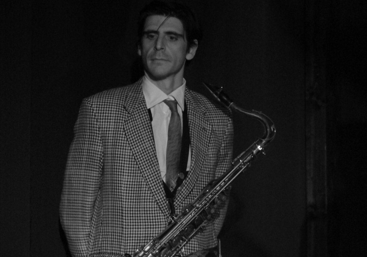 Vincenzo Salerno - Ten. & Bar. Sax and Vocals